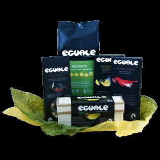 Fairtrade-märkta och ekologiska godsaker i påskigt paket